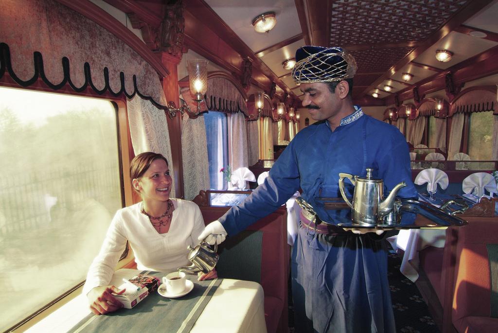 Deccan_Odyssey_luxury_train