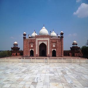 famous-landmarks-in-india