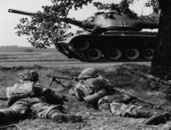 U.S History Quiz on The Cold War and Postwar America : 10 Quick Question ( Part 2)