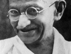 मोहनदास कर्मचंद गांधी  के जीवन पर दस प्रशन -भाग 5